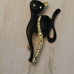 Vintage Black Gold Painted Jeweled Cat Brooch Pin